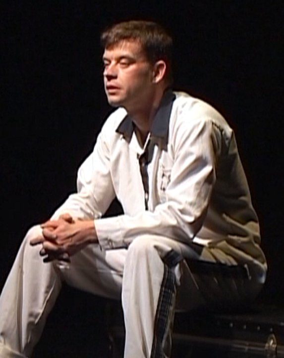 David L. Ray Miles From Prison play
