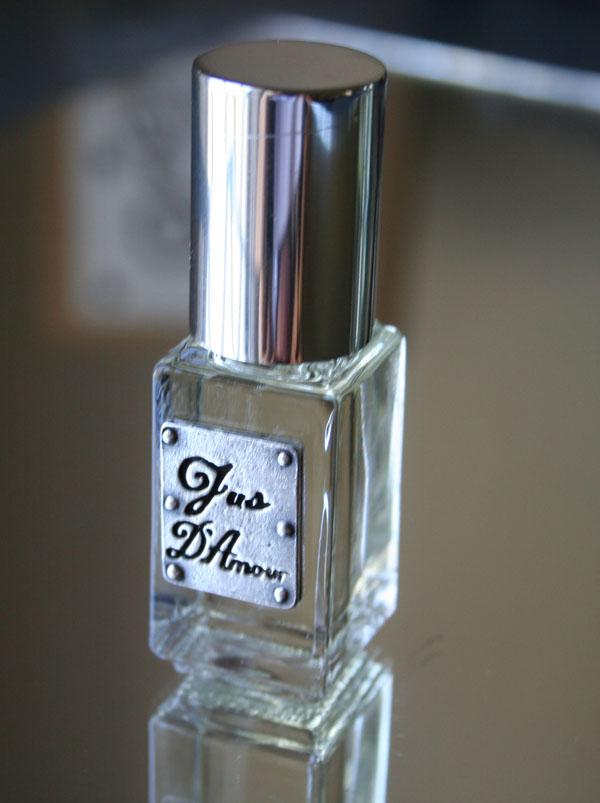 Jus D'Amour parfume