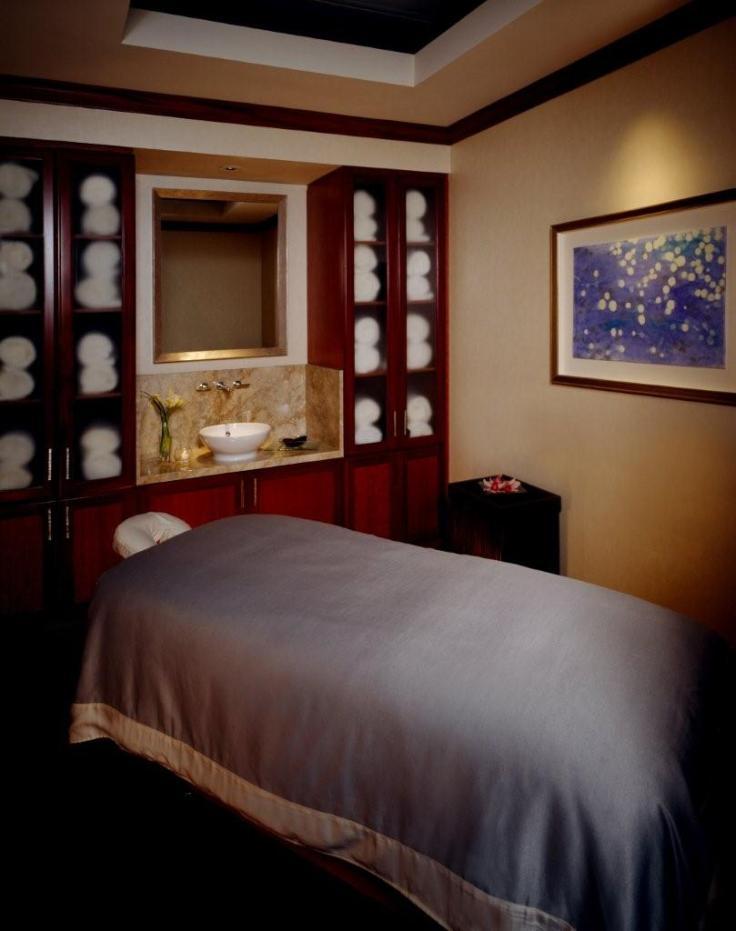 Treatment-Room-Spa-Nautica