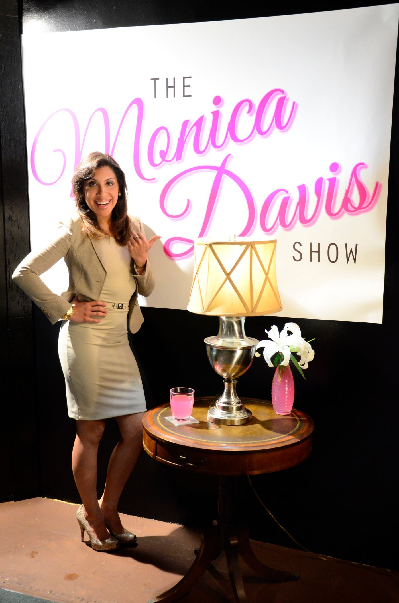 monica davis show theater review