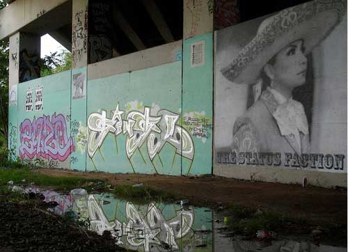 To celebrate Cinco De Mayo The $tatus Faction created this giant street art. Thanks to Third One T$F for the pictures.