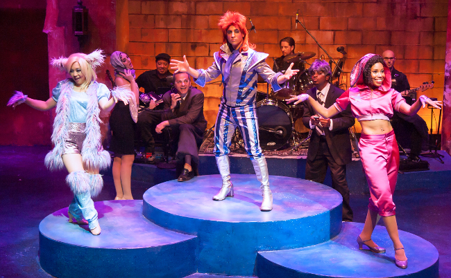little drummer bowie gia on the move theater reviews