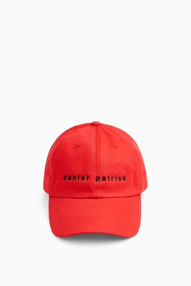 dp-flat-dpdadcap-redblack_1024x1024