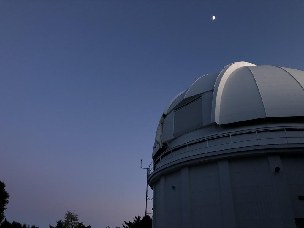 Mt. Wilson 60-inch telescope at night