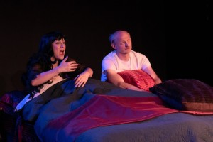 Gia On The Move, Matt Ritchey, Tracey Paleo, theater reviews, The Christmas Present